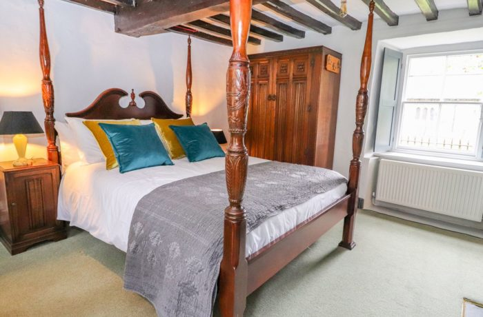Four poster bed at Eyton