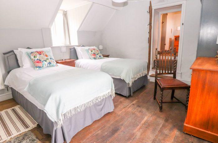 Third bedroom, twin or zip'n'join double